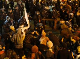 reuters-porland-oregon-anti-trump-protest
